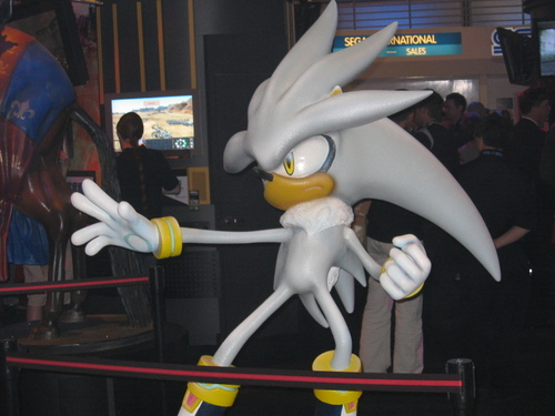 Silver the Hedgehog, a mysterious force from the future